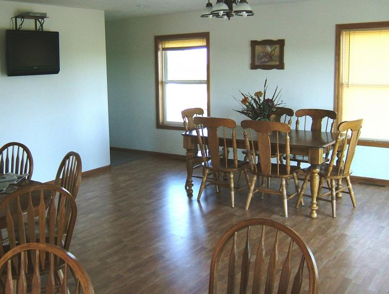 Pheasant View Lodge Dinning Room North